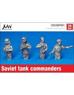 1/72 Soviet tank commanders